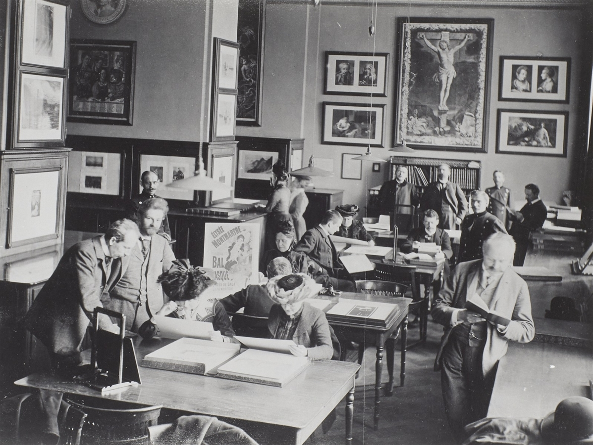Lecture hall of the print room in the museum building by Gottfried Semper, in the background on the right: Max Lehrs, 1913 © SLUB / Deutsche Fotothek