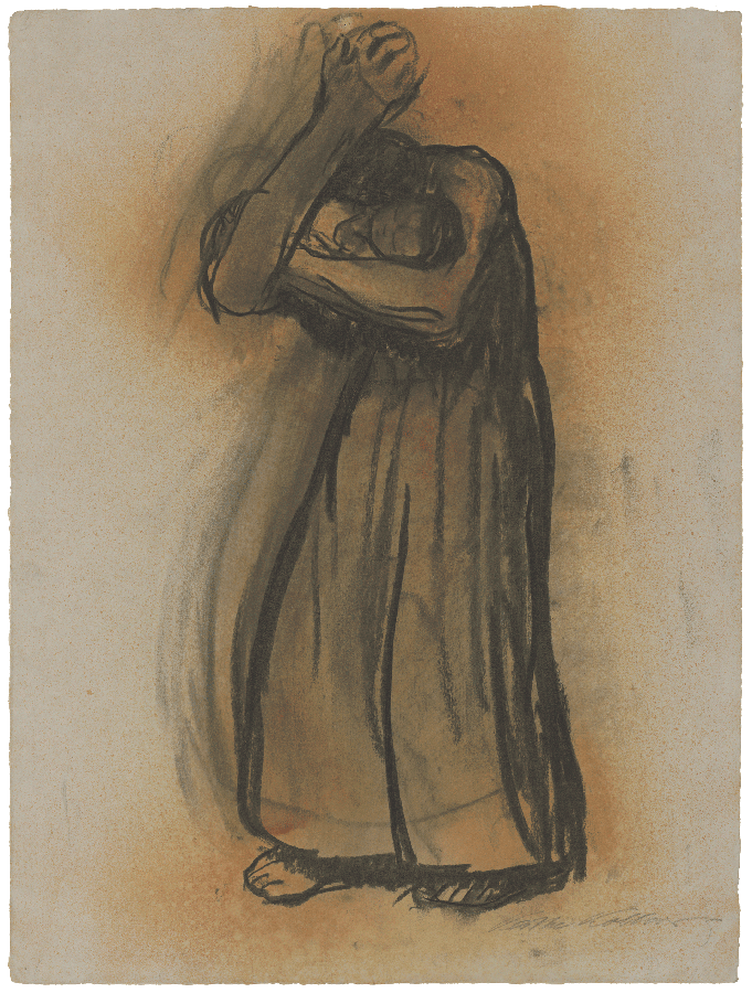 Käthe Kollwitz, Mère debout, pressant son bébé contre son visage, 1915, fusain sur papier gris, fixatif à la gomme-laque, NT 722 collection Kollwitz de Cologne © Käthe Kollwitz Museum Köln